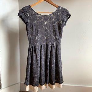 Low back zip up lace dress